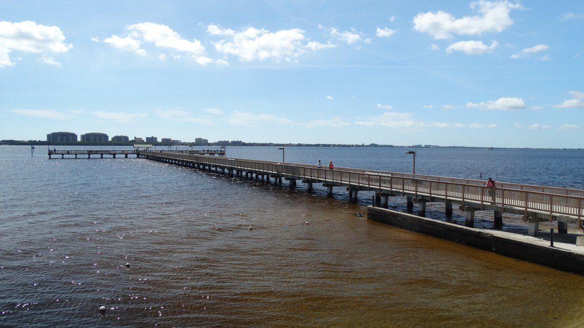 Cape Coral Yacht Club Fishing Pier.